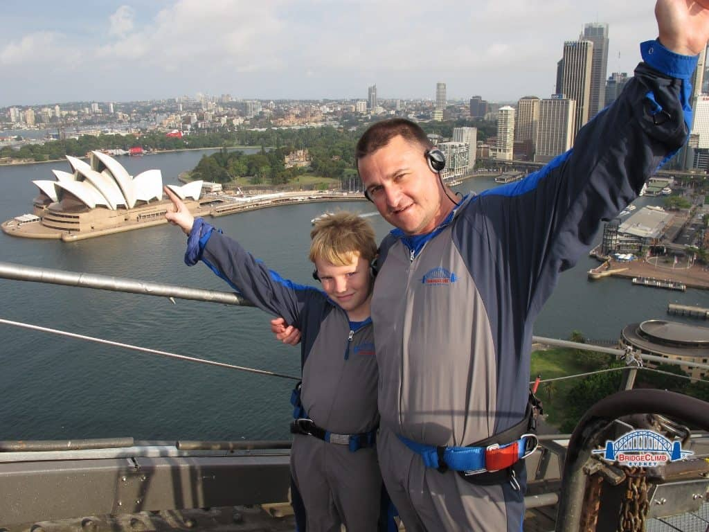kids climbing sydney harbour bridge