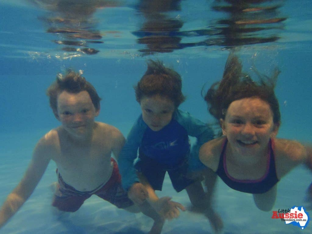 kids underwater swimming tasmania