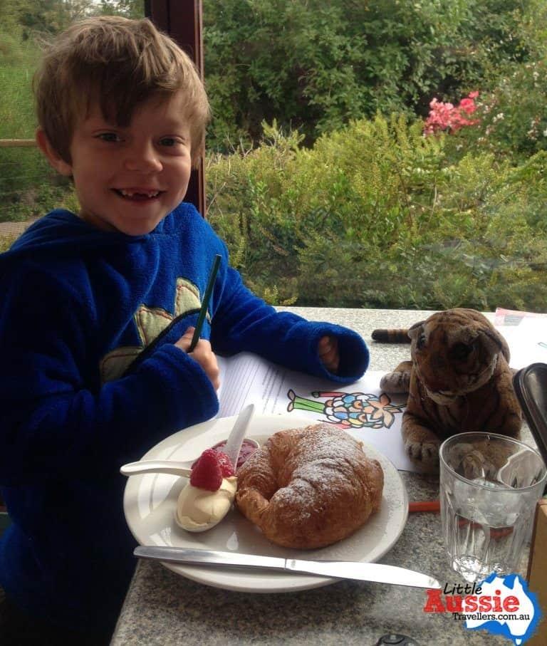 breakfast cafe croissant tasmania