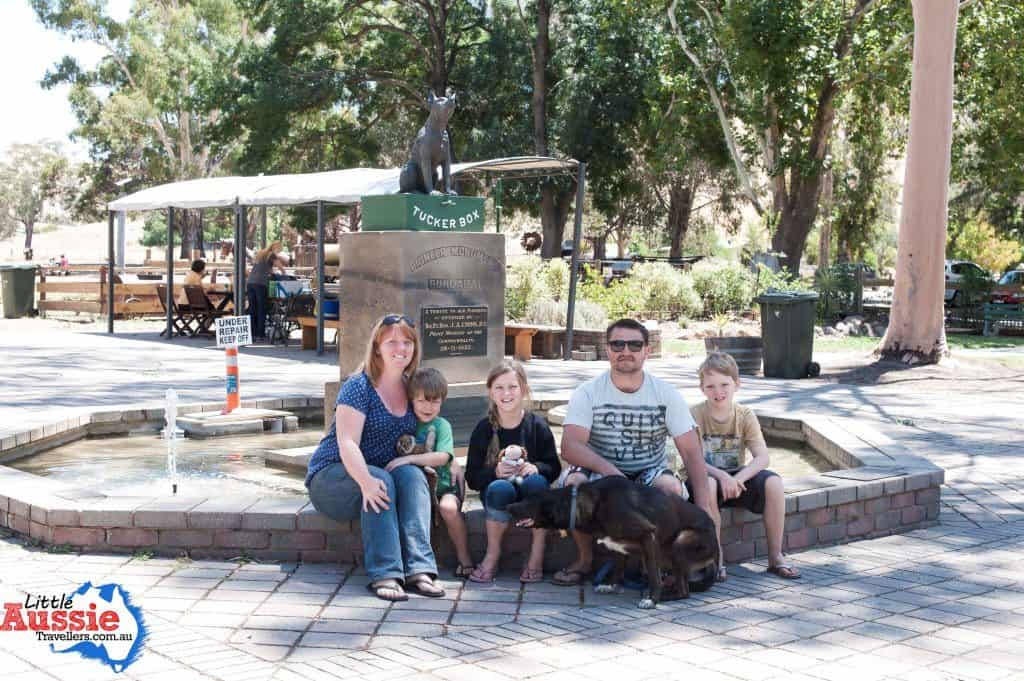 Visiting the Dog on the Tuckerbox Statue in Gundagai