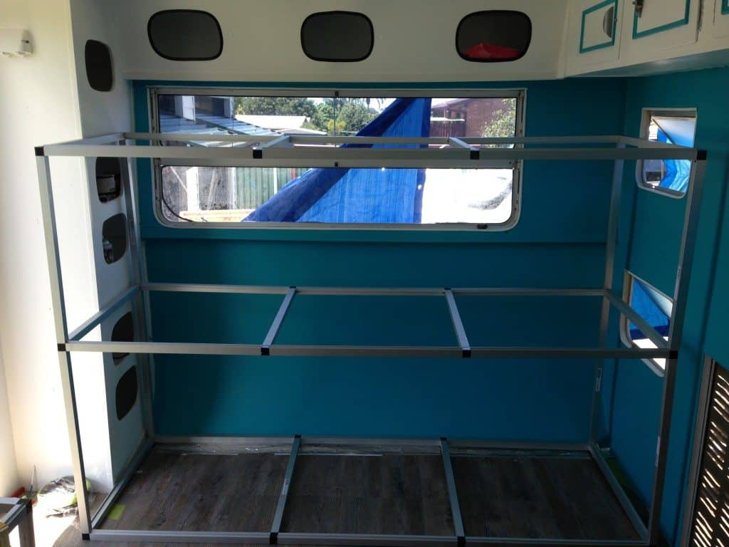 building triple caravan bunks